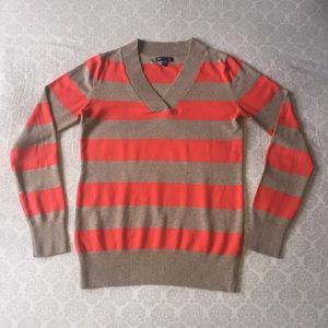 Gap Womens V-Neck Sweater Orange and Brown Stripes